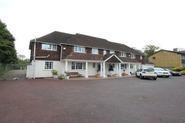 Thumbnail Detached house to rent in Camp Road, Gerrards Cross