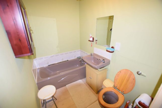 Bathroom of Regency Lodge, Elmden Court, Clacton-On-Sea CO15