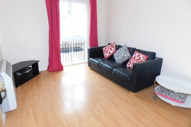 Thumbnail Flat to rent in Oak Apple Court, Gables Close, Lee, London