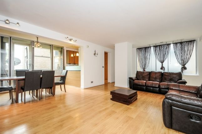 2 bed flat to rent in Abbey Road, St Johns Wood, London