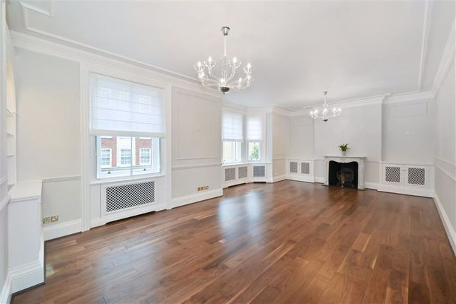 Thumbnail Flat to rent in Cumberland Mansions, George Street, Marylebone, London