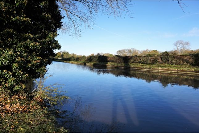 Property For Sale In Leighton Linslade