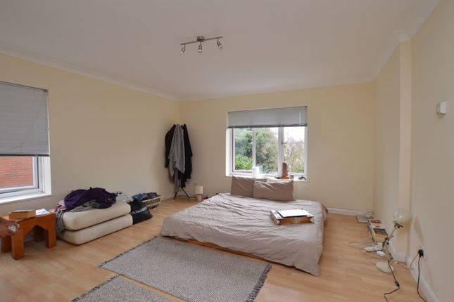 Photo 7 of Oakdene Close, Hatch End, Pinner HA5
