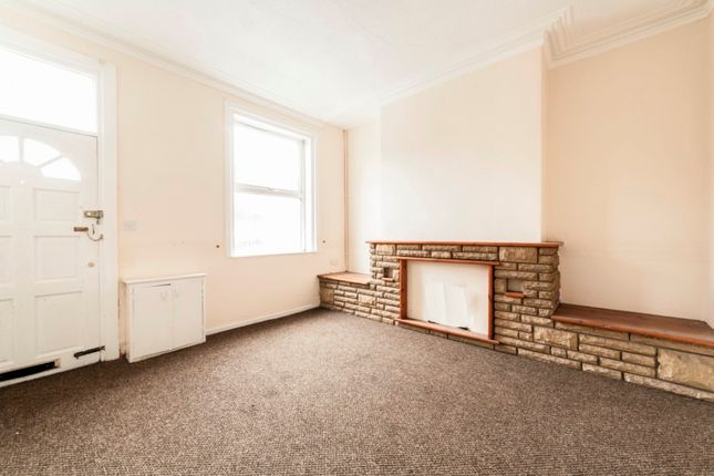 Thumbnail Terraced house to rent in Ridge Hill Lane, Tameside