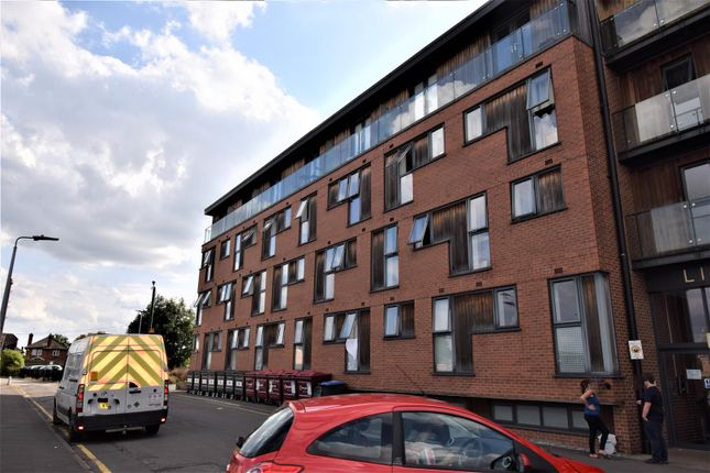 Thumbnail Flat to rent in Dunstall Street, Scunthorpe