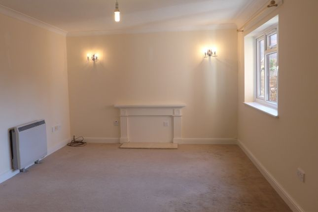 Thumbnail Flat to rent in Norfolk House, Brockhurst Road, Gosport, Hampshire