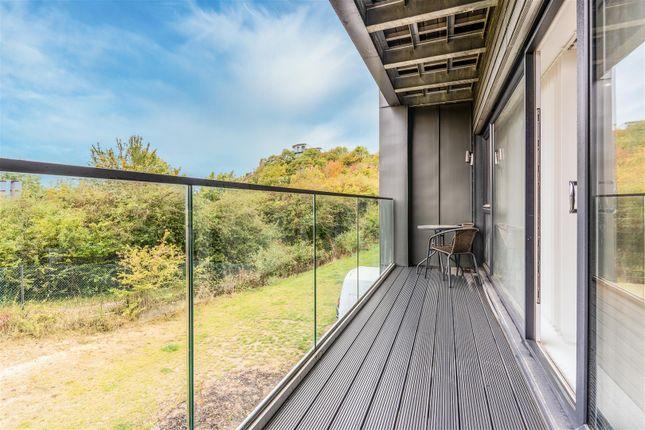 Balcony of Havelock Drive, Greenhithe DA9