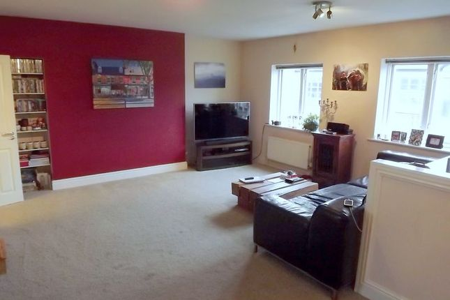 Thumbnail Flat for sale in Wright Street, Hull, East Riding Of Yorkshire