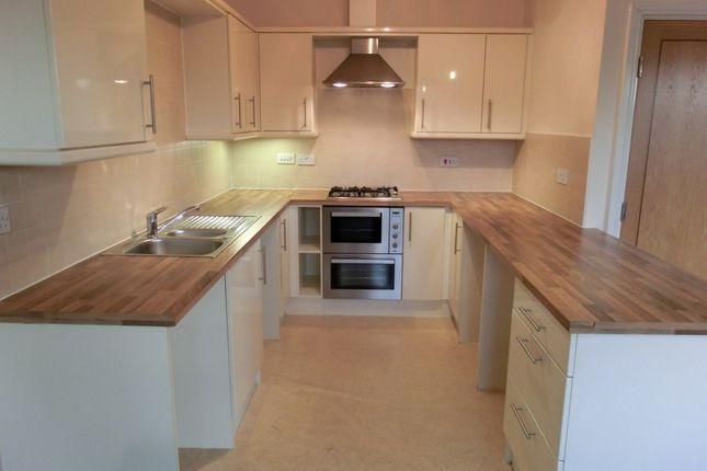 Kitchen of 10 Wardley Street, Wigan WN5