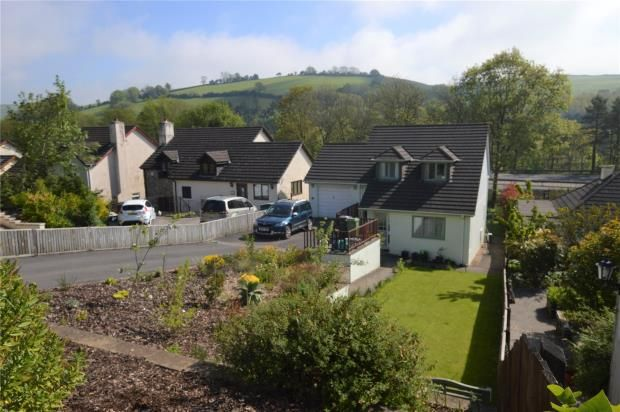 Thumbnail Detached house for sale in Dart Bridge Road, Buckfastleigh, Devon
