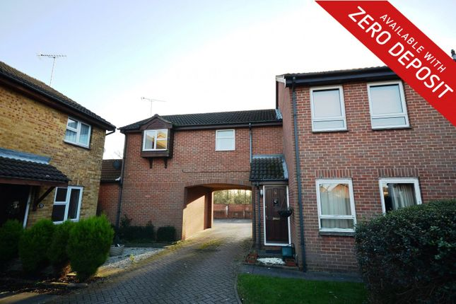 Thumbnail Maisonette to rent in Meadow Close, Aylesbury