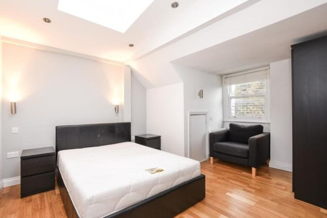 Thumbnail Studio to rent in Woodchurch Road, London