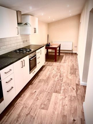 Thumbnail Bungalow to rent in High Street, Cranford, Hounslow