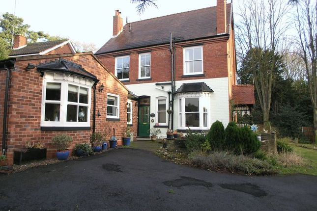 Thumbnail Detached house for sale in Drews Holloway, Halesowen