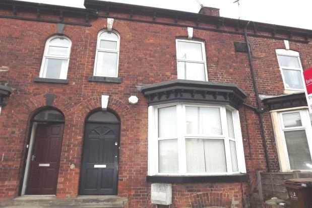 Thumbnail Flat to rent in Shaw Heath, Stockport