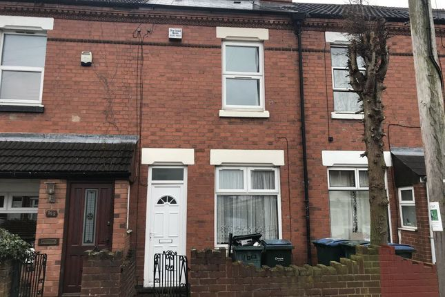 2 bed terraced house to rent in North Street, Stoke