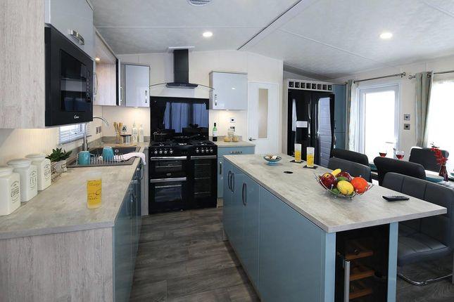 Superior-Deluxe-Kitchen2-1181x787