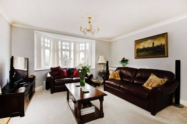 Thumbnail Flat to rent in Arterberry Road, West Wimbledon