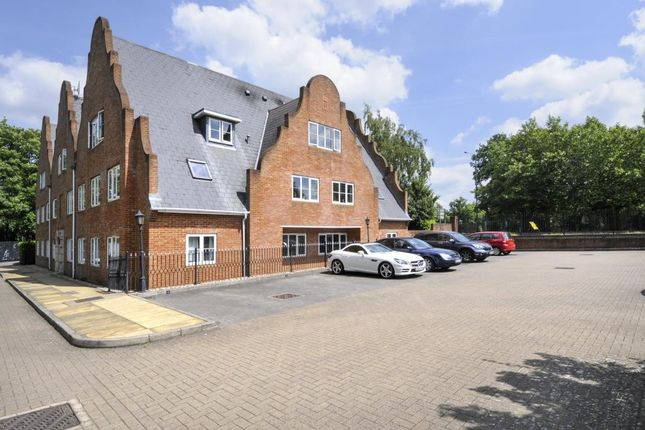 Thumbnail Flat for sale in Burleigh Road, Ascot