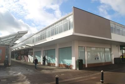 Thumbnail Retail premises to let in 2-4 Terminus Street, Harlow, Essex