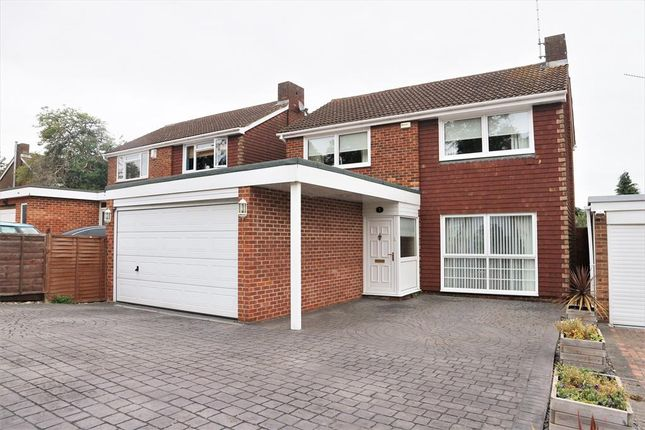 Thumbnail Detached house for sale in Grovebury Close, Erith, Kent