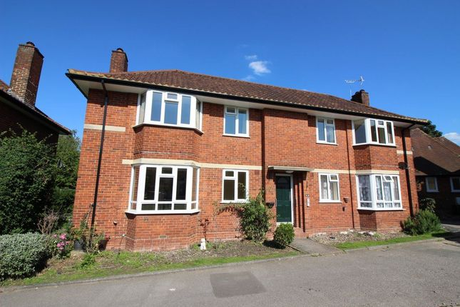 Thumbnail Flat to rent in Greenwood Close, Bushey Heath, Bushey