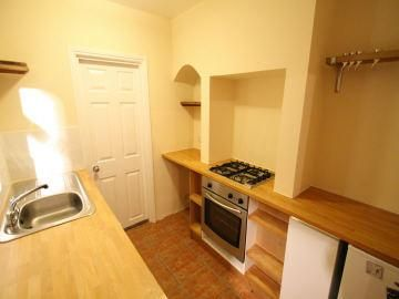 Thumbnail Cottage to rent in Queens Road, Leigh On Sea, Essex, Leigh On Sea