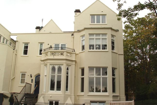 1 bed flat to rent in Wilhelmina Close, Leamington Spa