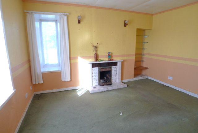 Lounge of 8 Eagleton, Point, Isle Of Lewis HS2