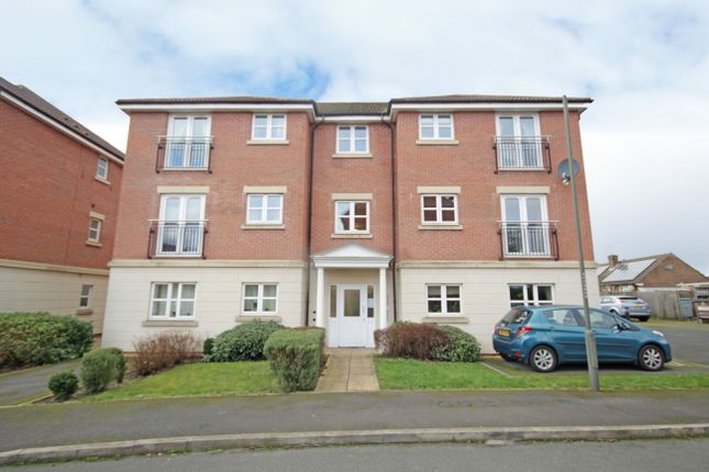 Thumbnail Flat to rent in Angelica Close, Littleover, Derby