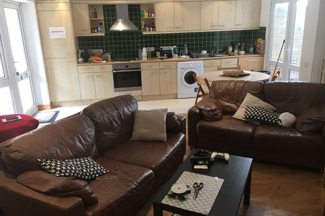 Thumbnail Semi-detached house to rent in Tabley Road, Islington, Holloway, North London