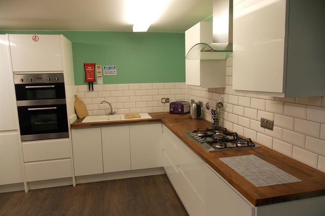 8 bed shared accommodation to rent in Hartington Road, Middlesbrough TS1