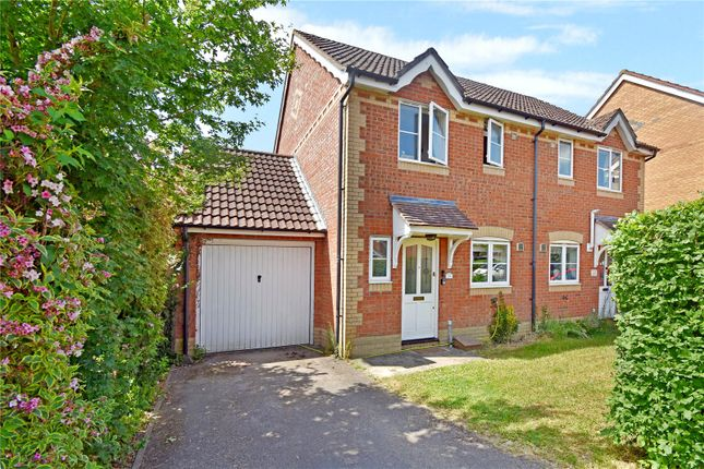 2 bed semi-detached house to rent in Foxglove Way, Thatcham, Berkshire RG18
