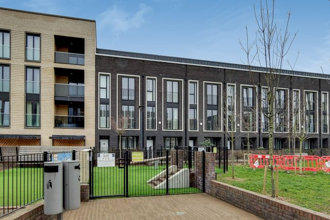 5 bed terraced house for sale in Villiers Gardens, London E20