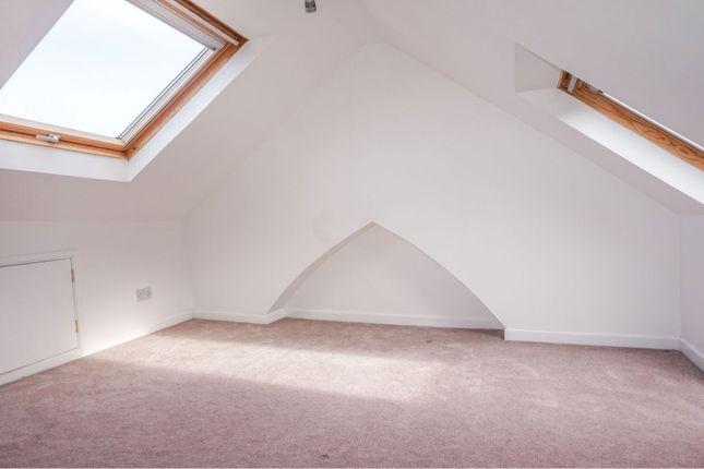 Attic Room of Glen Road, West Cross, Swansea SA3