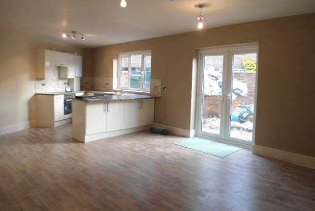 Thumbnail Flat to rent in Newhouse Road, Marton, Blackpool