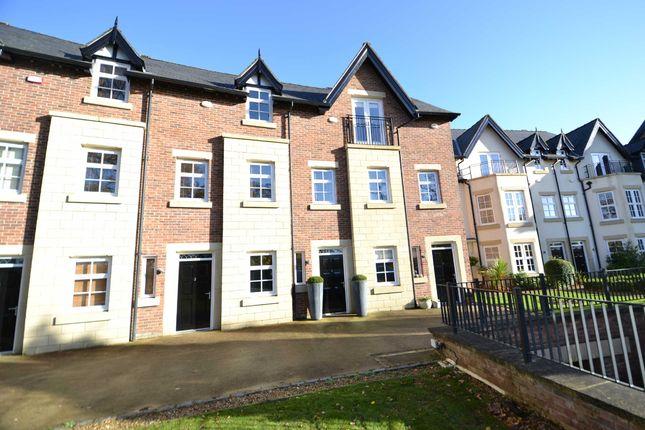 Thumbnail Town house to rent in Edge View Lane, Alderley Edge