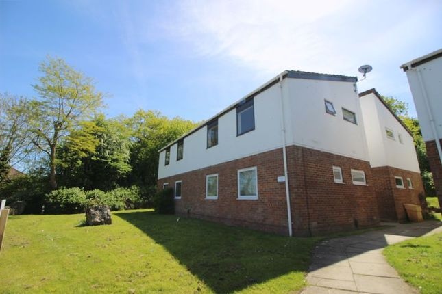 Thumbnail Flat to rent in The Heights, Swindon