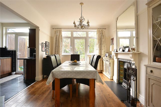 Thumbnail Property for sale in Homestall Road, East Dulwich, London