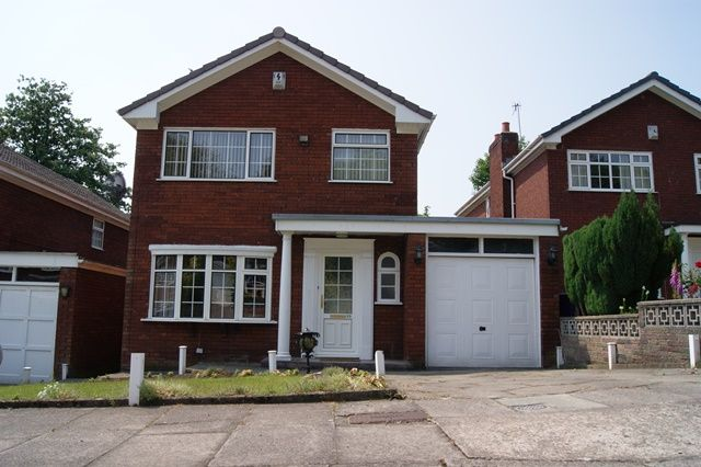 Thumbnail Detached house to rent in Kenilworth Way, Woolton, Liverpool