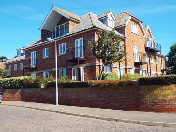 Thumbnail Flat for sale in Naze Park Road, Walton On The Naze, Essex