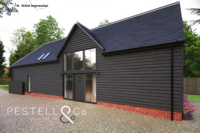 Thumbnail Barn conversion for sale in Thaxted Road, Debden, Saffron Walden