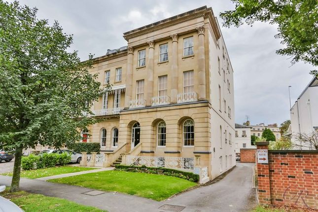 1 bed flat for sale in Queens Parade, Cheltenham