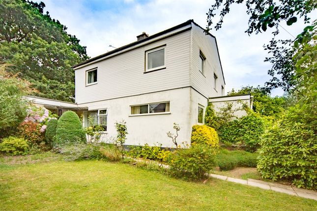 Thumbnail Detached house for sale in Wellington Road, Crowthorne, Berkshire