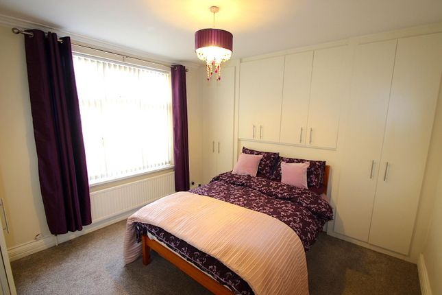 Bedroom One of Upperton Road, Leicester LE3
