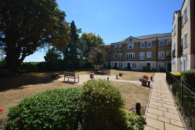 Thumbnail Town house for sale in East Hill, Colchester