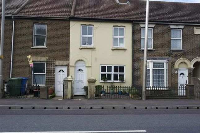 3 bed terraced house to rent in 3 Bed Terrace, London Road, Teynham, Kent ME9