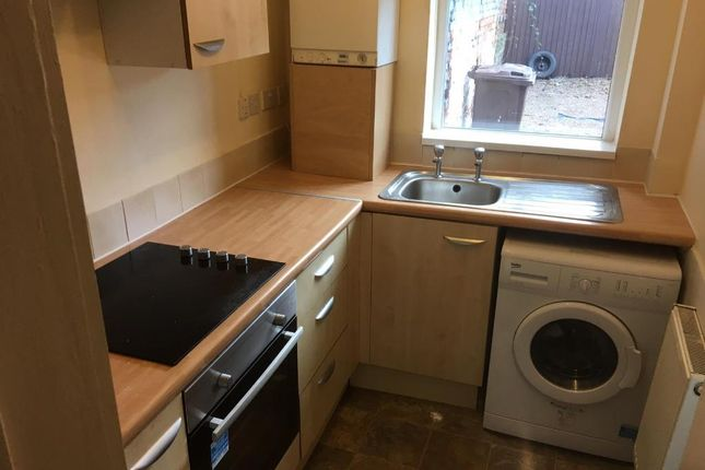 2 bed flat to rent in City Road, Sheffield, South Yorkshire S2