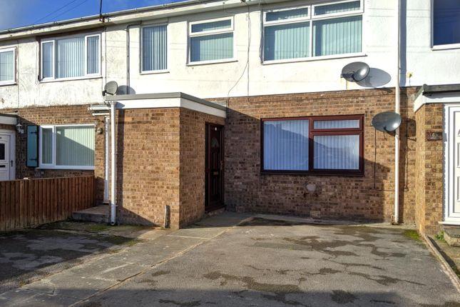 1 bed flat to rent in Llys Arthur, Towyn, Abergele LL22