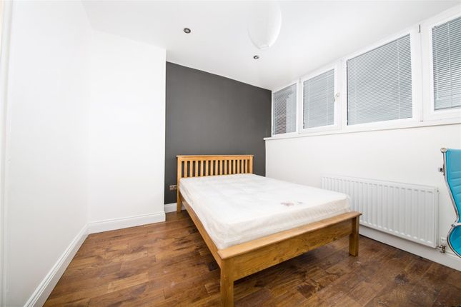 Thumbnail Flat to rent in Lansdowne Terrace, Gosforth, Newcastle Upon Tyne